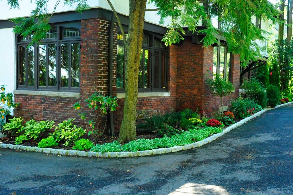 Garden Design by Twig & Vine